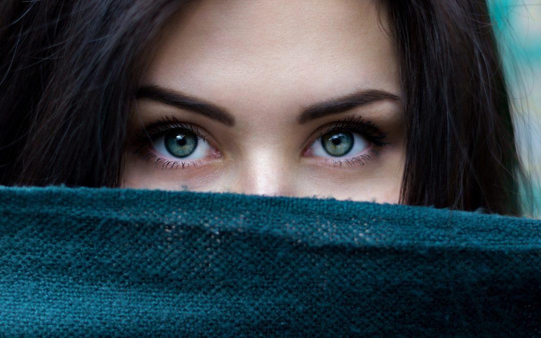 Permanent Makeup vs. Microblading